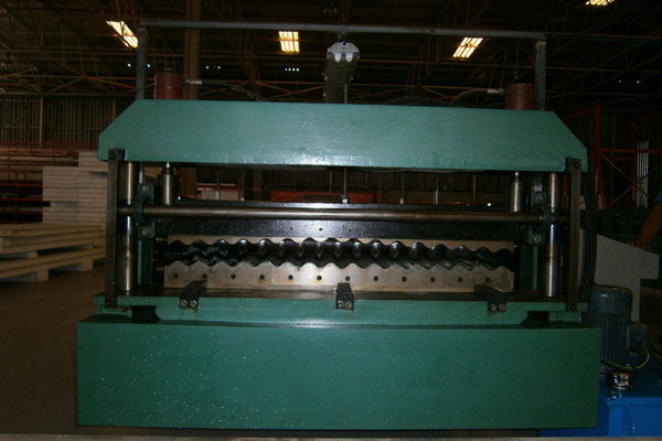 corrugated-sheet-roll-forming-machine-7.jpg
