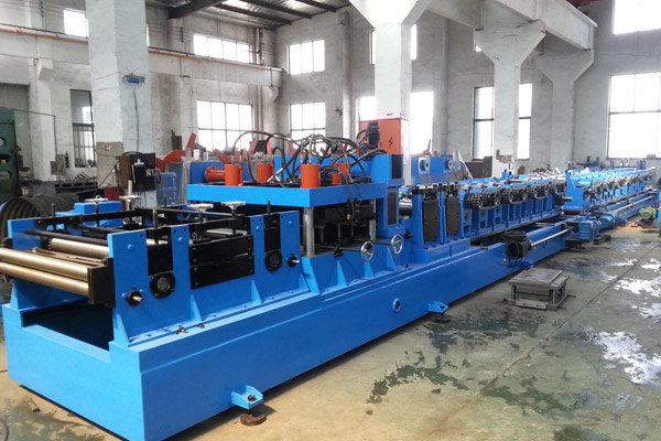 heavy-gauge-heavy-duty-purlin-roll-forming-machine-4.jpg